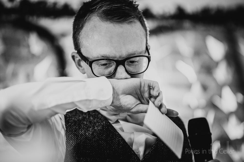 groom emotional speeches at wedding