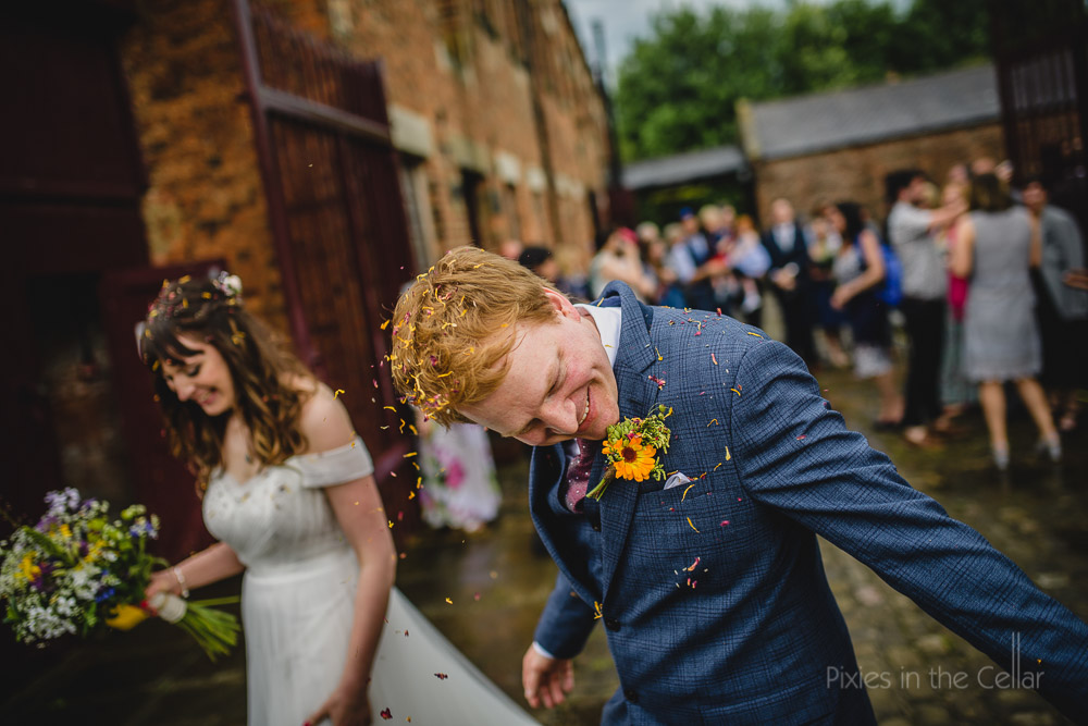 confetti groom rustic wedding photography