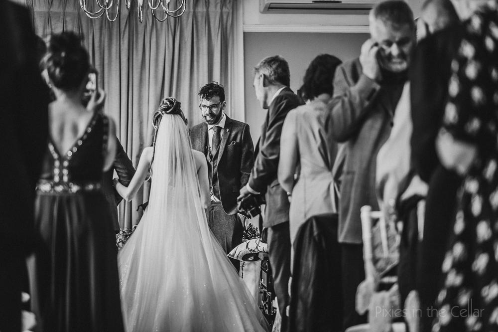 Woodlands wedding photography ceremony