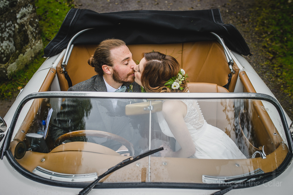 Porsche wedding car
