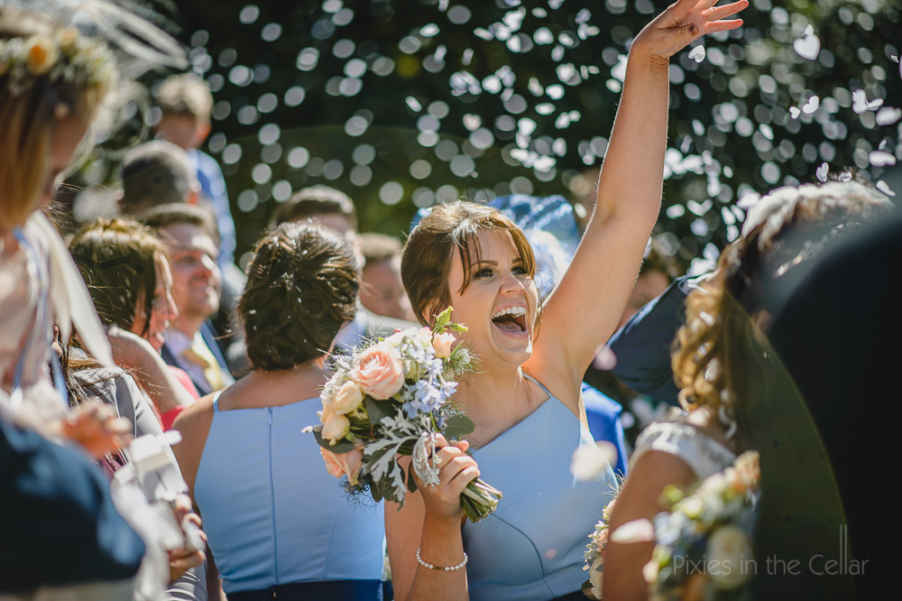 light blue bridesmaids confetti