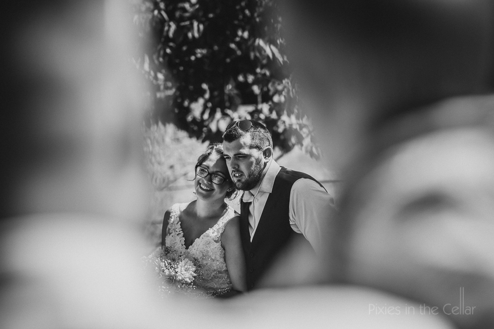 relaxed documentary wedding photography