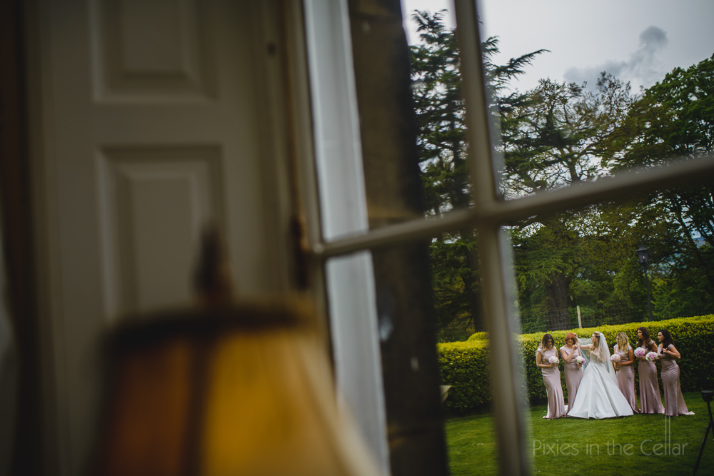 Two photographers different perspectives on your wedding day