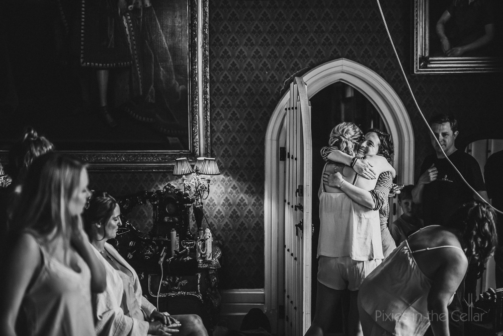 documentary photography real wedding moments