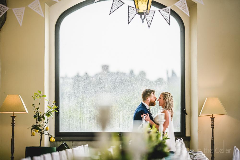 villa Tolomei wedding photography florence rain