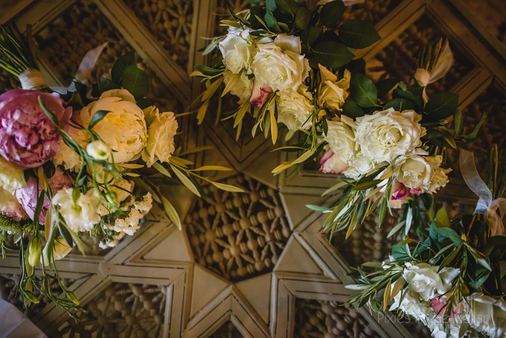 wedding flowers moorish table