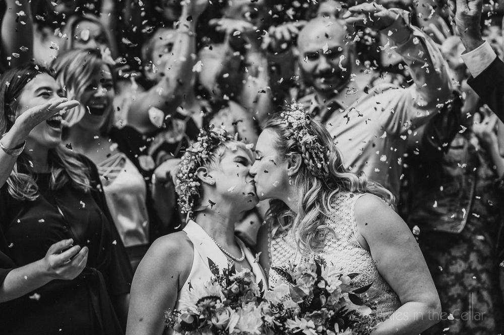 boho brides confetti