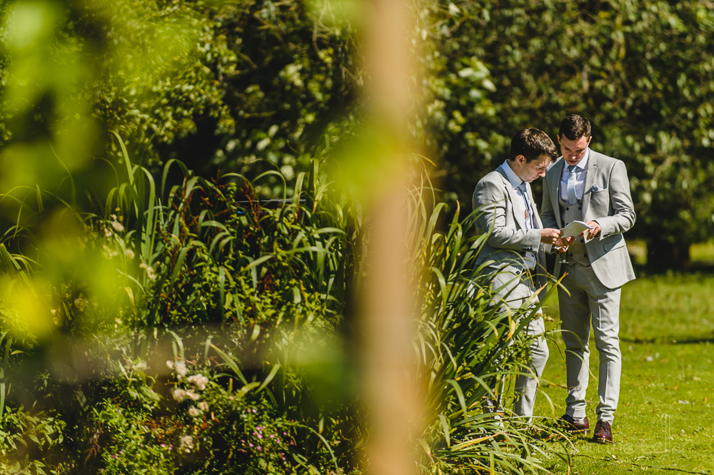 Roman Lakes wedding photography groomsmen