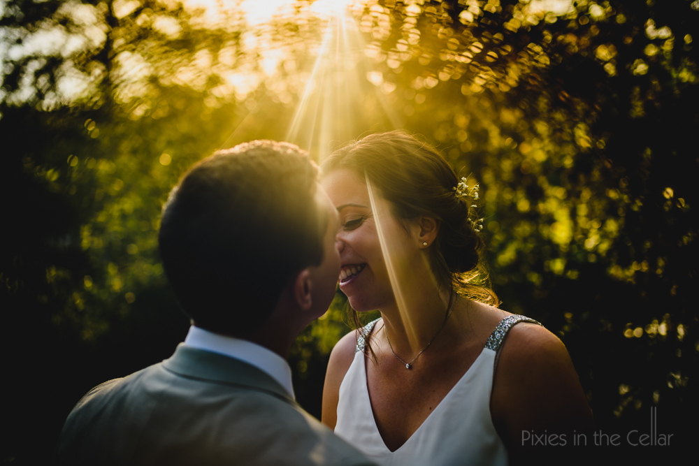 evening sun wedding photo