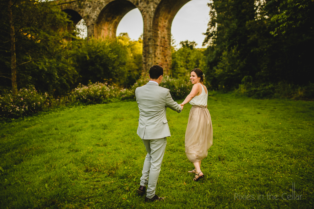 Manchester outdoor wedding photos