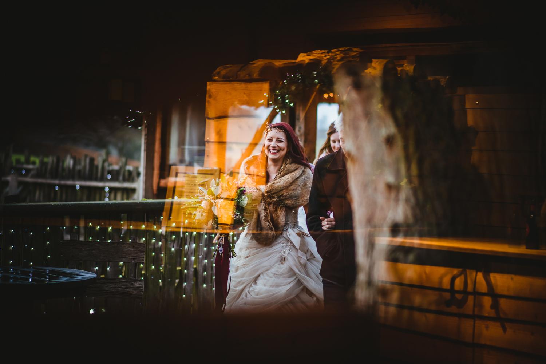 winter wedding warm colours