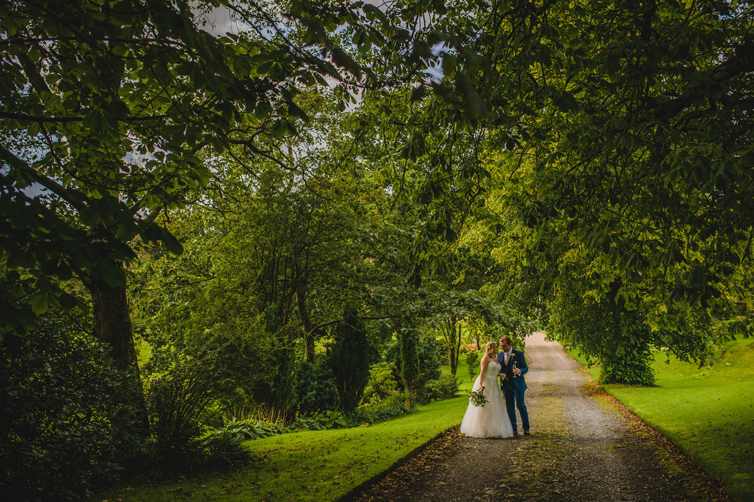 Relaxed wedding photography England