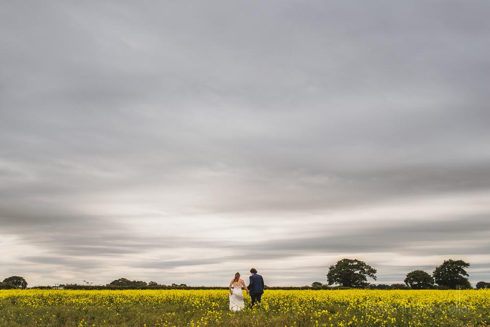Staffordshire Hanbury Wedding Barn photography